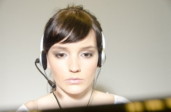 ブログ記事画像_オペレーターの正面の顔