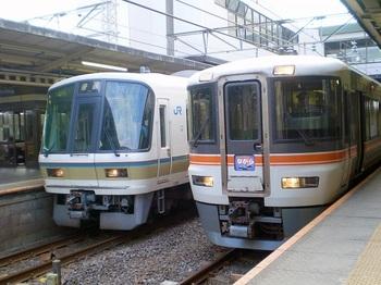 電車001.jpg