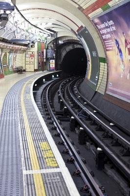 地下鉄ホーム002.jpg